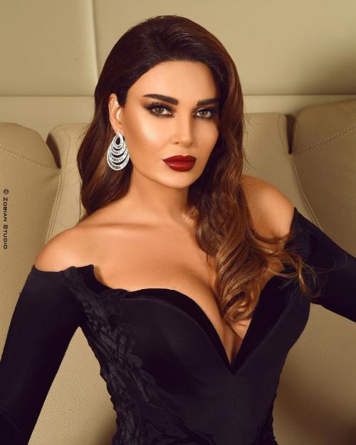 عکس های لخت سیرین عبدالنور خواننده لبنانی