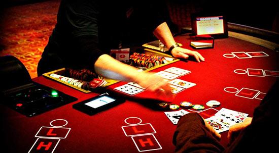 آموزش بازی پوکر پای گو Pai Gow در سایت شرط بندی