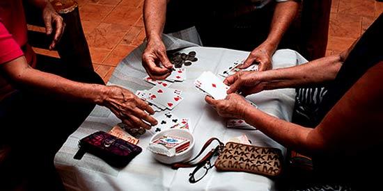 آموزش بازی ورق تانگ ایتز Tong Its + استراتژی های برد