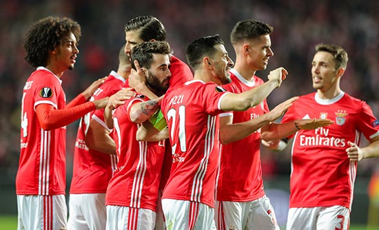 پیش بینی بازی بارسلونا و بنفیکا لیگ قهرمانان اروپا 2022