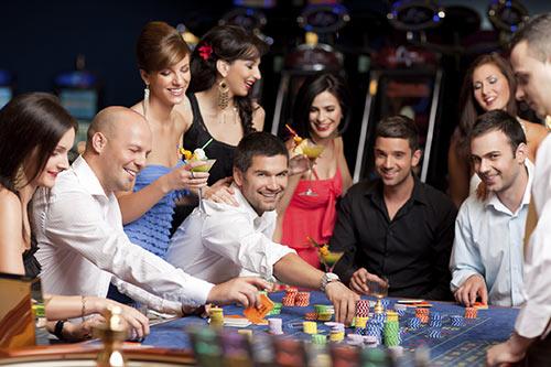 فرق قمار و شرط بندی چیست؟ هر کدام چه حکمی دارند؟